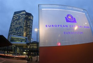 Euro Topside Limited As Dollar Prevails Ahead Of ECB Meeting
